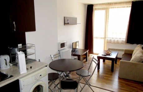 One-bedroom apartment in Maria-Antoaneta Complex