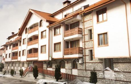 Студио с балкон в Пирин Ривър, Банско