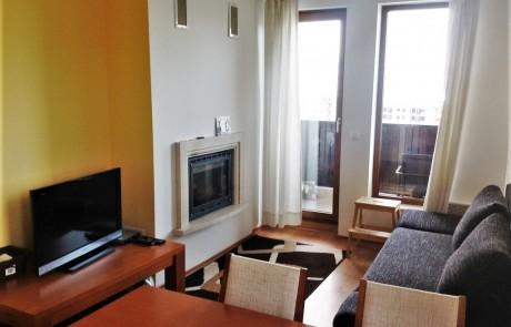 """Напълно обзаведен едноспален апартамент с камина за продажба в """"Магерница"""", Банско"""