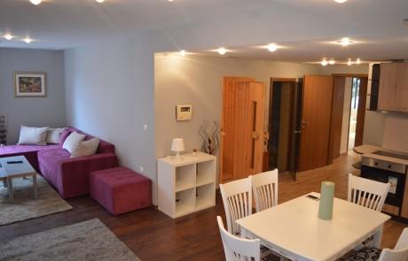 Луксозен двуспален апартамент в Банско със собствен СПА център