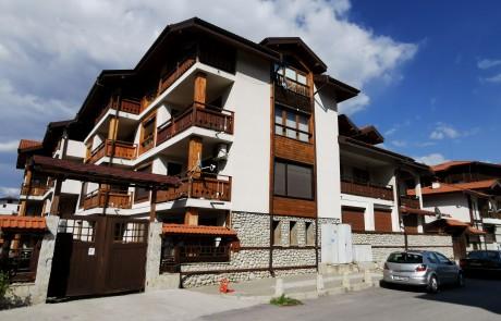 Двуспален апартамент с камина в Банско