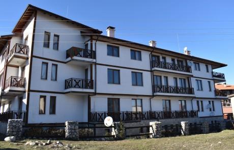 Студио в жилищна сграда в Банско
