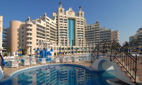 Луксозни апартаменти в Поморие